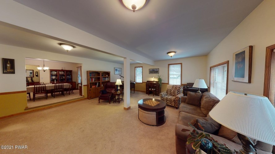 812 Appaloosa Court, Lords Valley, PA 18428
