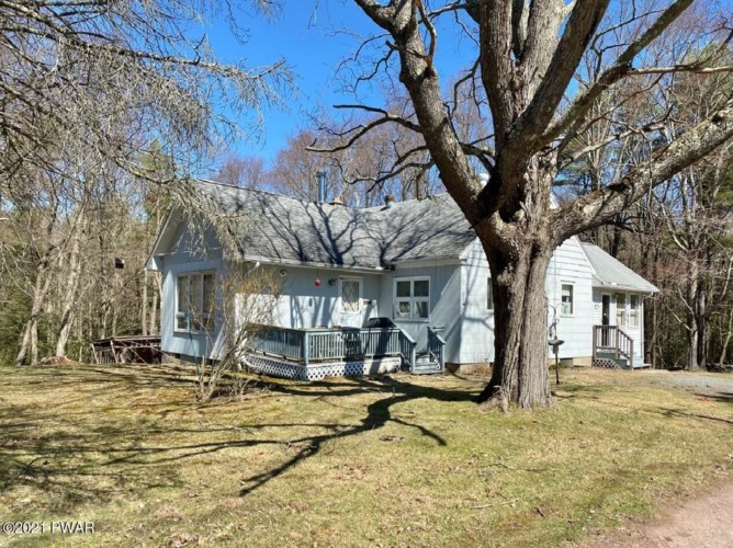 113 Greenhouse Rd, Paupack, PA 18451