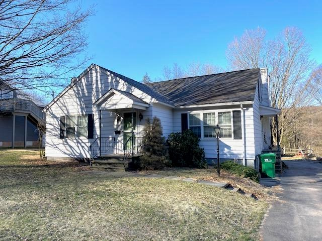 156 Grandview Ave, Honesdale, PA 18431