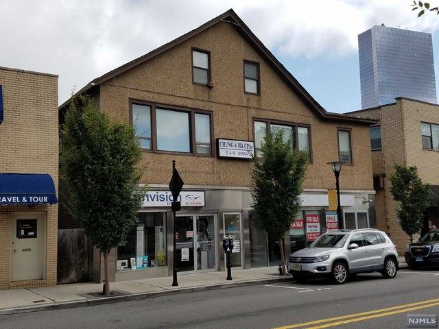 215 Main Street, Fort Lee, NJ 07024