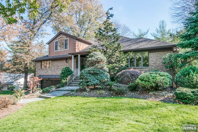 500 Mildred Place , Oradell, NJ 07649