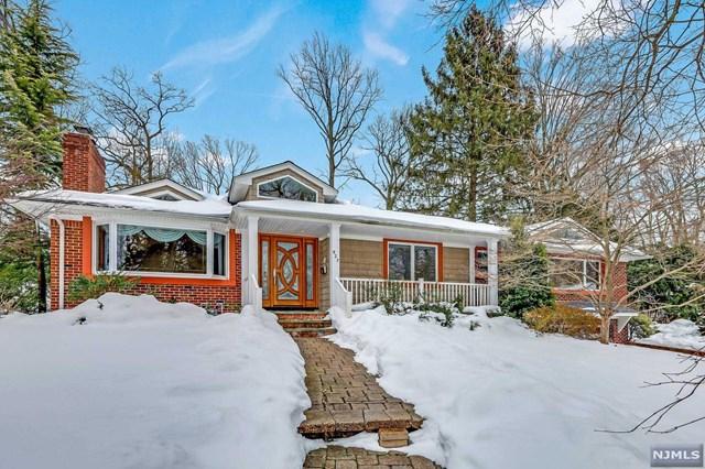 927 Phyllis Lane , Oradell, NJ 07649