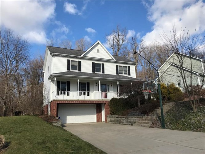 106 Woodview Dr, Manor, PA 15642