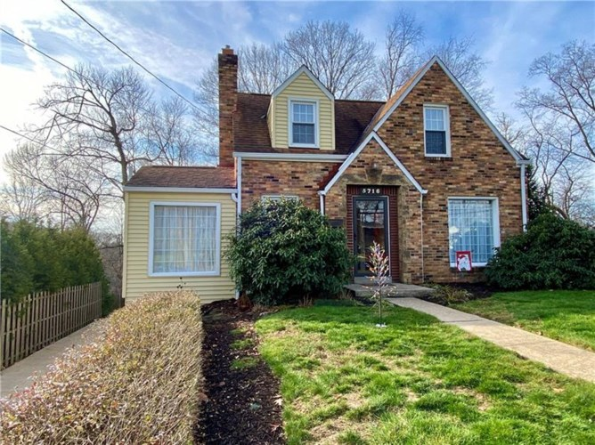 5716 Valleyview Dr., Bethel Park, PA 15102