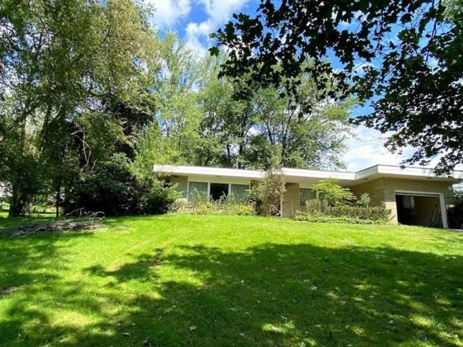 1019 Clifton Rd, Bethel Park, PA 15102