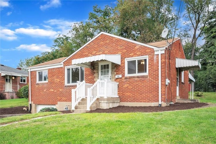 5659 Villahaven Dr, Bethel Park, PA 15236