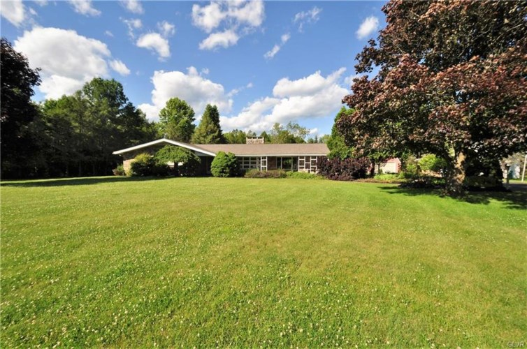 106 Bella Drive, Chestnuthill Twp, PA 18353