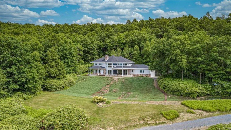 675 Airport Road, Franklin Township, PA 18235