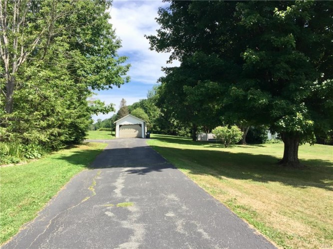 731 Griffin Southeast, Lackawanna County, PA 18444