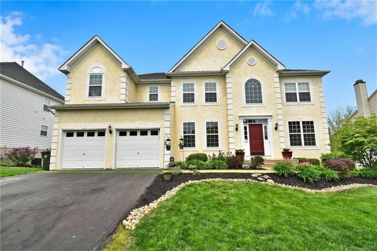762 Yorkshire Drive, Upper Macungie Twp, PA 18031