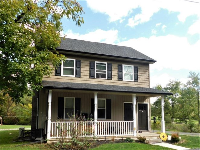 1136 Quince Road, Lehigh Township, PA 18088