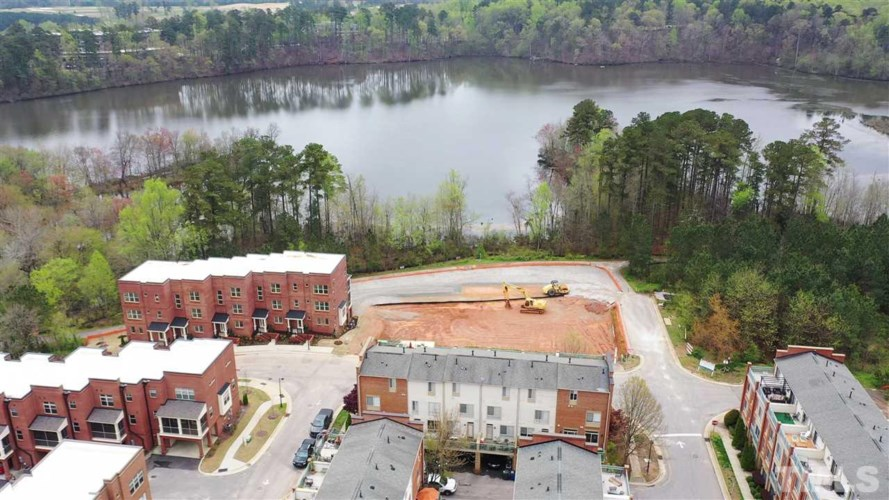 2441 Campus Shore Drive #311, Raleigh, NC 27606