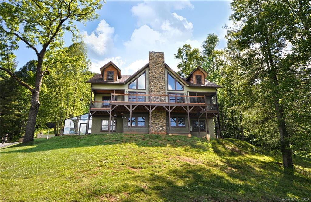40 Hawks Nest Trail, Marshall, NC 28753