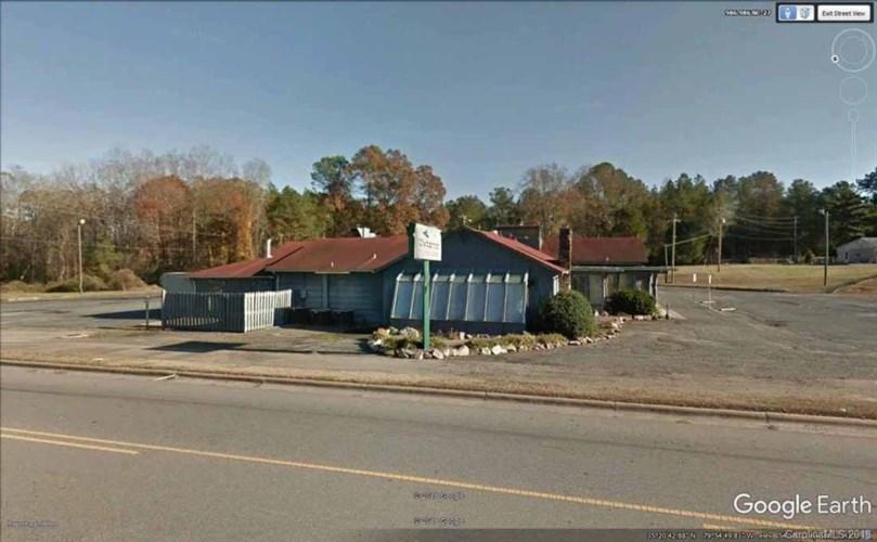 1045 Albemarle Road, Troy, NC 27371
