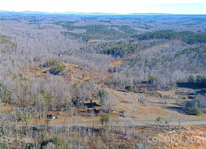 2463 Pea Ridge Road, Mill Spring, NC 28756
