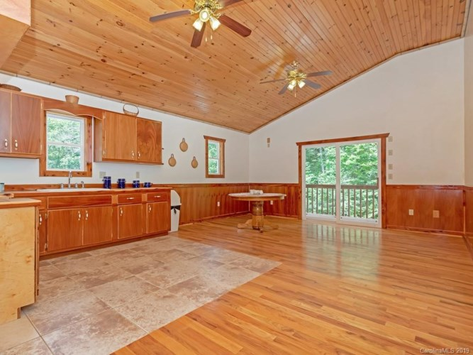 6239 Silversteen Road, Lake Toxaway, NC 28747