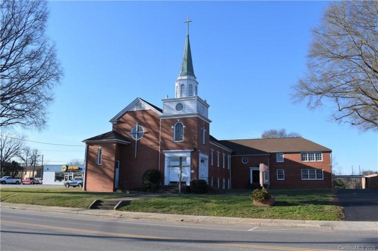 217 N Main Street, Stanley, NC 28164