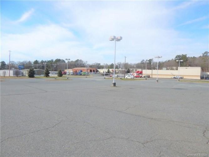 1502 US 52 Highway, Albemarle, NC 28001