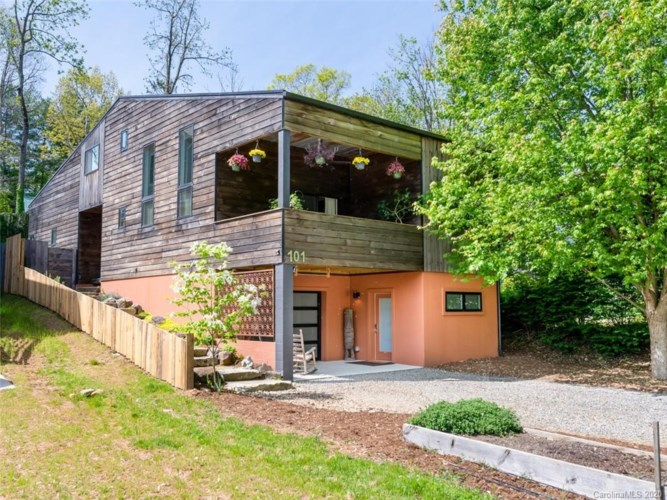 101 Tremont Street, Asheville, NC 28806