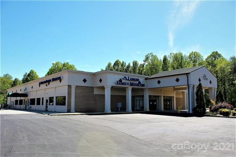 1041 Morganton Boulevard SW, Lenoir, NC 28645