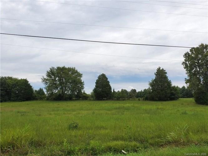10483 Robinson Church Road, Harrisburg, NC 28075