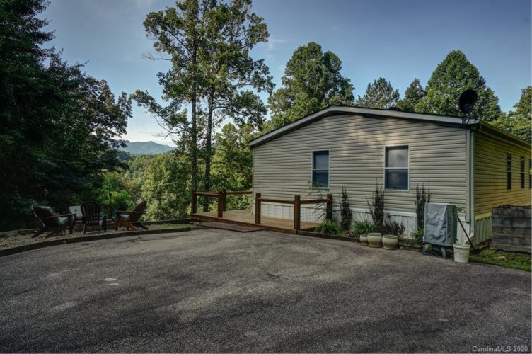 754 Lower Panther Creek Road, Almond, NC 28702