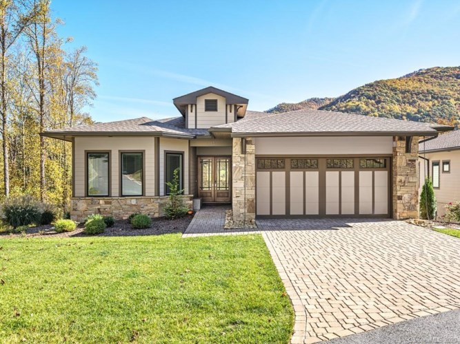 110 Plateau Drive, Maggie Valley, NC 28751