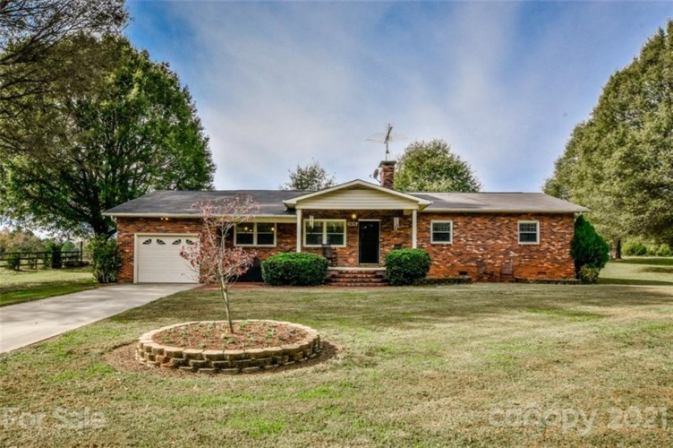 1575 Shinnville Road, Cleveland, NC 27013