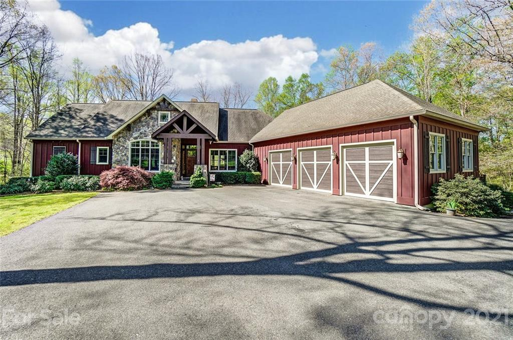 215 Eagle Cove Drive, Cherryville, NC 28021