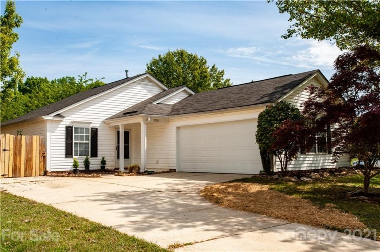 124 Brantley Place Drive, Mooresville, NC 28117