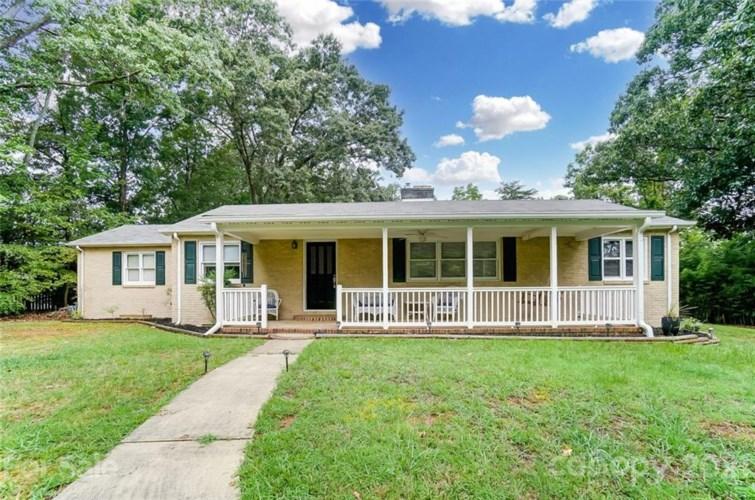 4721 Sugar Creek Road, Charlotte, NC 28269