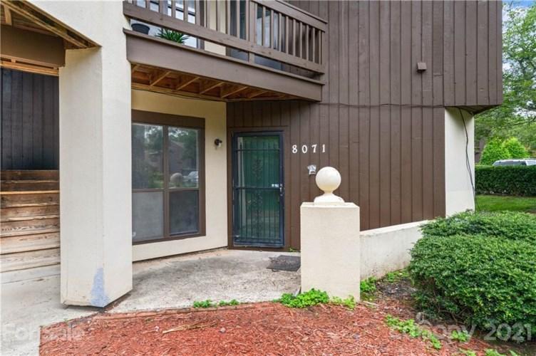 8071 Cedar Glen Drive, Charlotte, NC 28212