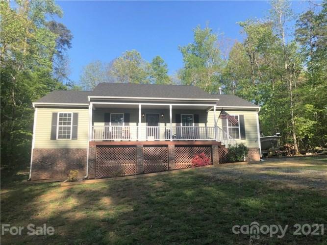 218 Chapel Hill Drive, Troy, NC 27371