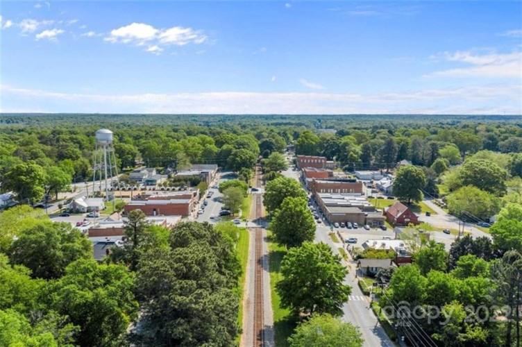 801 W South Main Street, Waxhaw, NC 28173