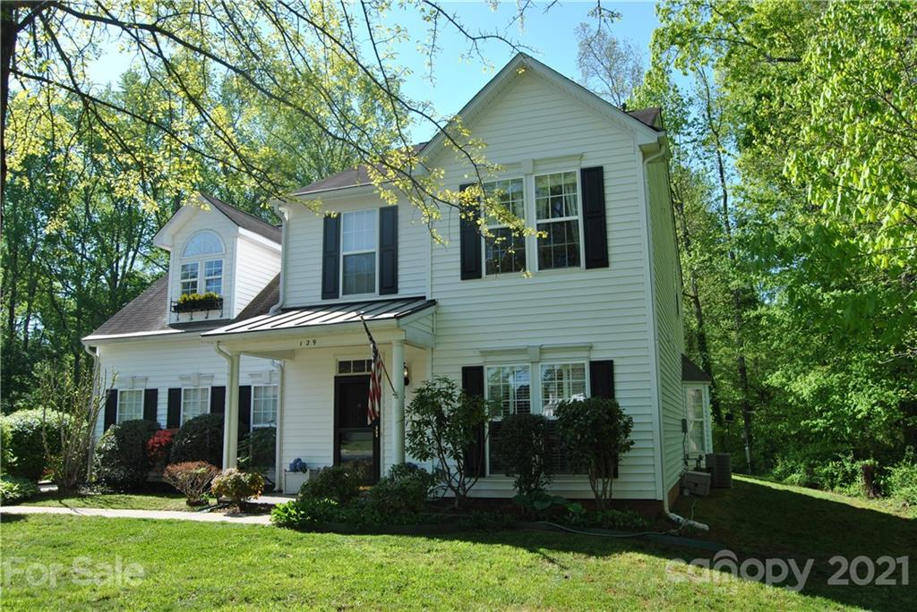 129 Chelsea Court, Mount Holly, NC 28120