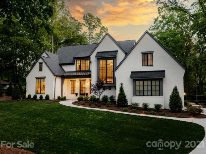 4450 Town And Country Drive, Charlotte, NC 28226