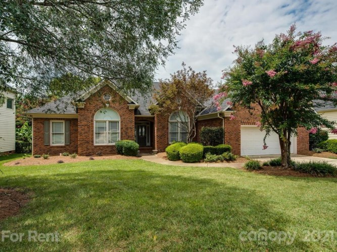 10028 Willow Rock Drive, Charlotte, NC 28277