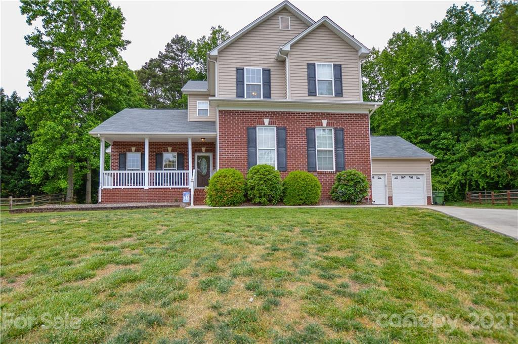 109 Pine Bluff Court, Mount Holly, NC 28120