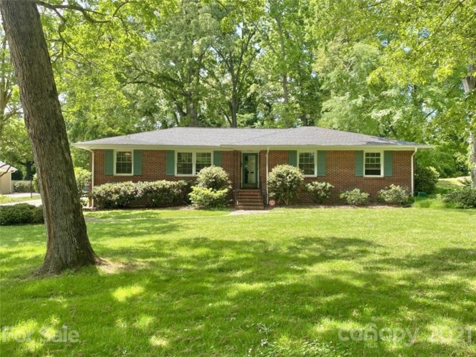 4642 Emory Lane, Charlotte, NC 28211