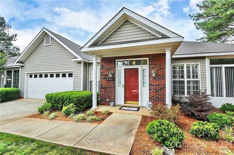 6331 Half Dome Drive, Charlotte, NC 28269