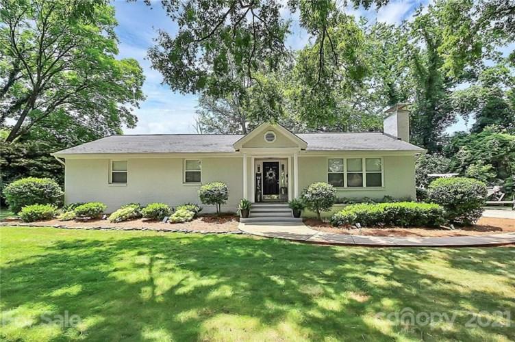 5231 Wedgewood Drive, Charlotte, NC 28210