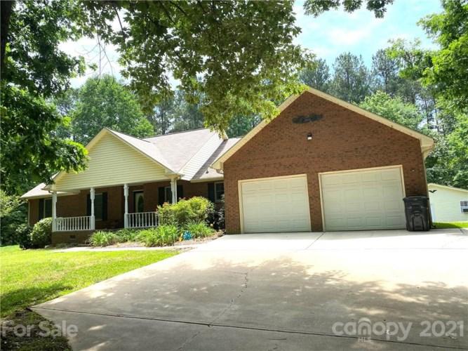 111 Hileath Drive #2, Mooresville, NC 28117