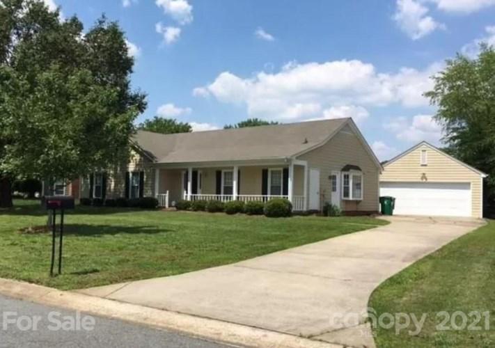 12126 Bay Tree Way, Charlotte, NC 28277