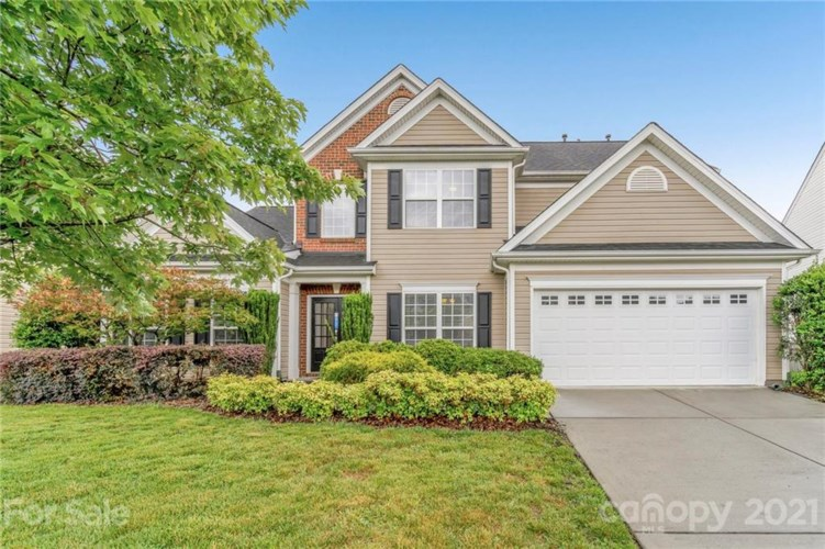 9803 Ravenscroft Lane NW, Concord, NC 28027