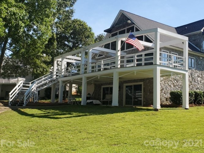 115 Yacht Cove Lane, Mooresville, NC 28117