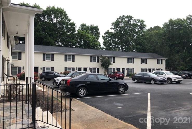 750 Franklin Street W, Monroe, NC 28112