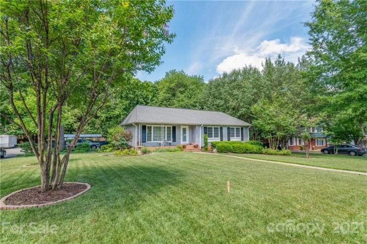 936 Eaglewood Avenue, Charlotte, NC 28212