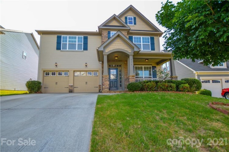 125 Sand Spur Drive, Mooresville, NC 28117