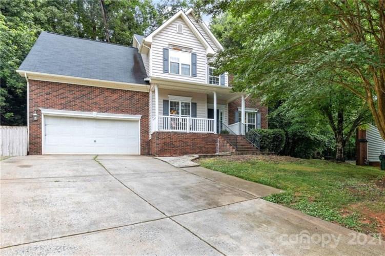2804 Colmar Lane, Charlotte, NC 28270