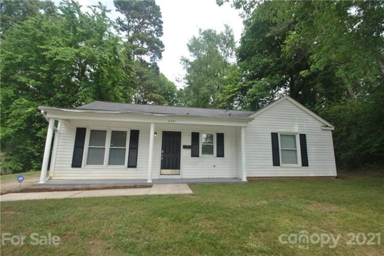 3331 Cedarhurst Drive, Charlotte, NC 28269